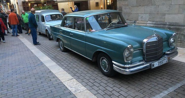 Participem amb cotxes clàssics en la Shopping Night d'Igualada