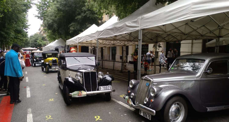 VI Rua de Cotxes Antics de la Fira Modernista de Barcelona